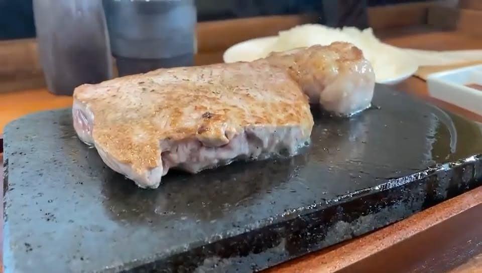 カウカウステーキ